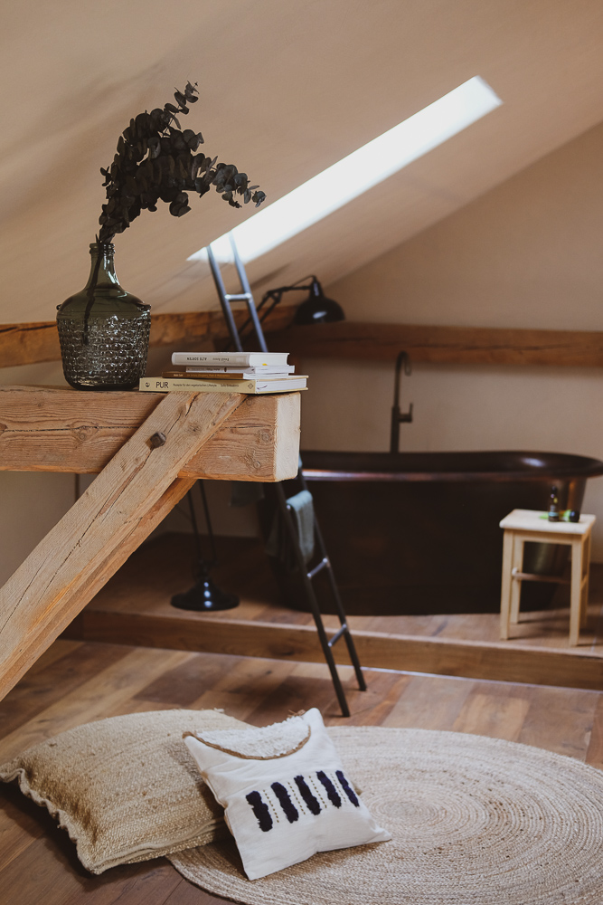 Das Rosso Freistehende Badewanne